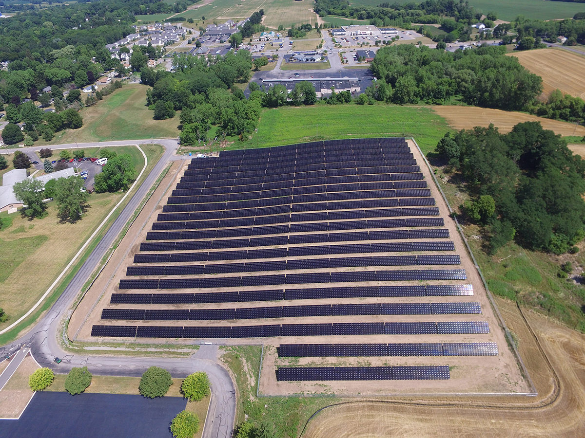 avon-central-school-district-solar-field-1