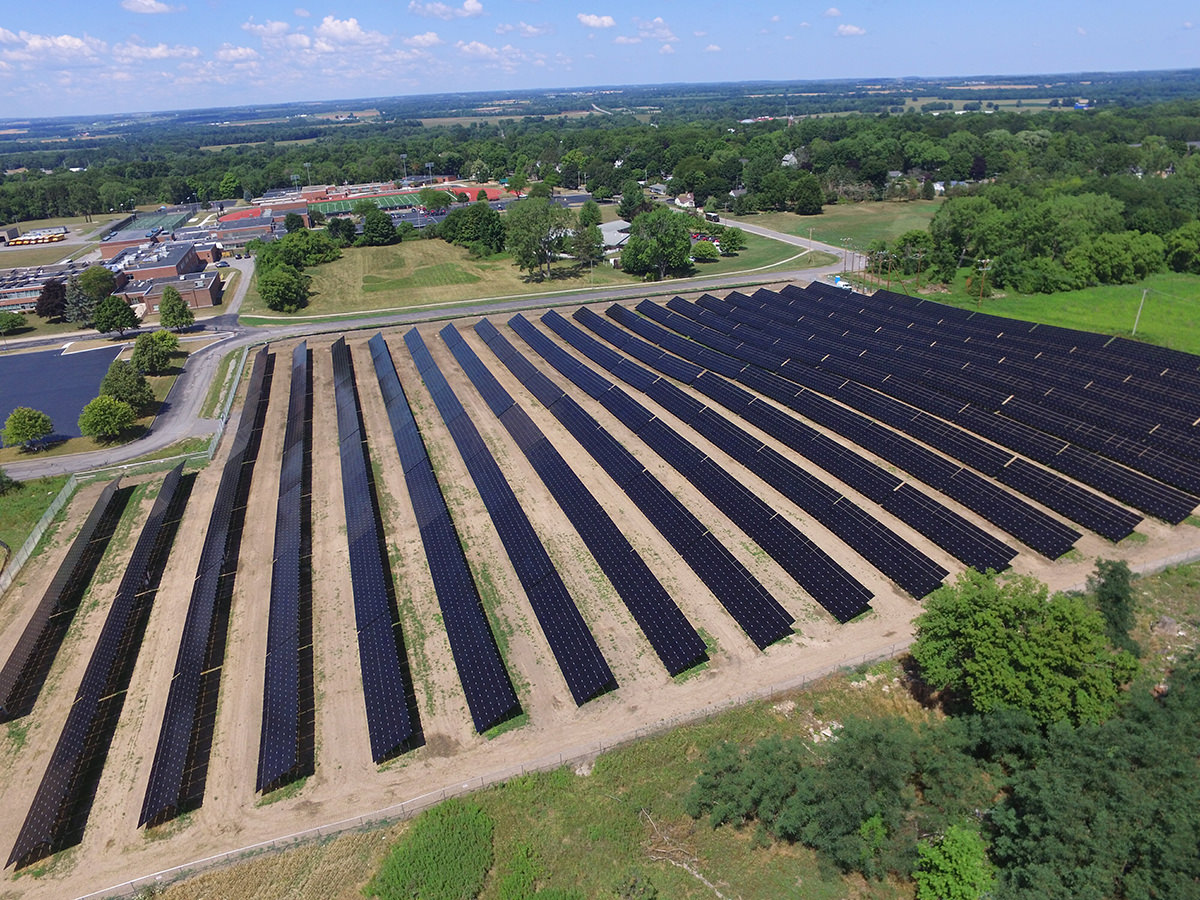 avon-central-school-district-solar-field-2